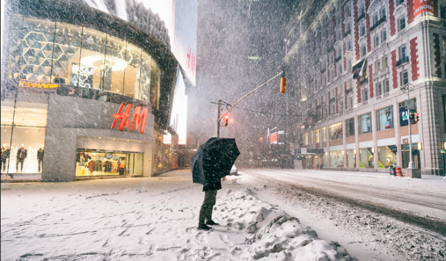 Winter Snow Storm Juno Unplugs Customers from Retailers