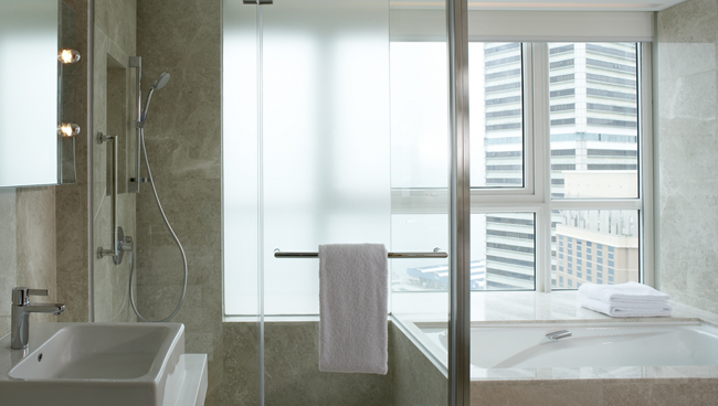Hotels to Track How Long Guests Stay in the Shower