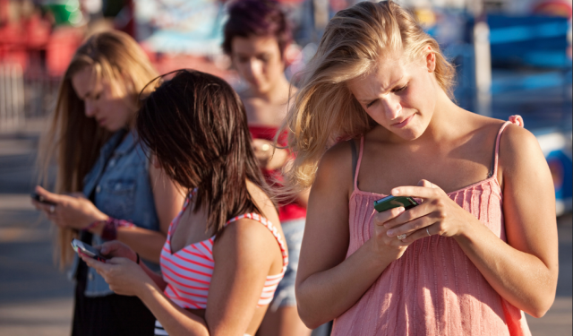 Two thirds of People Will Own a Smartphone by 2018