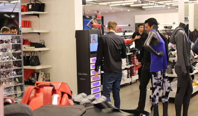 How Smartphones and Charging Stations are Changing Retail Shopping